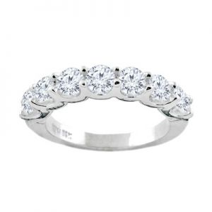 14K Seven Diamond Anniversary Ring, 0.25cttw