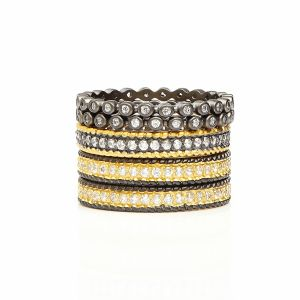 Signatature Classic Two Toned 5-Stack Ring