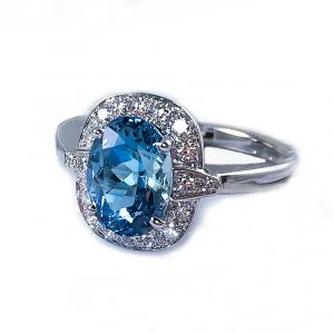 18 Karat White Gold And Diamond Aquamarine Ring