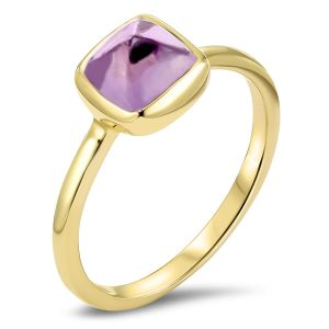 Yellow Gold Cushion Cut Amethyst Ring