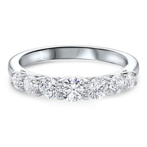 14K White Gold Graduated Diamond Band